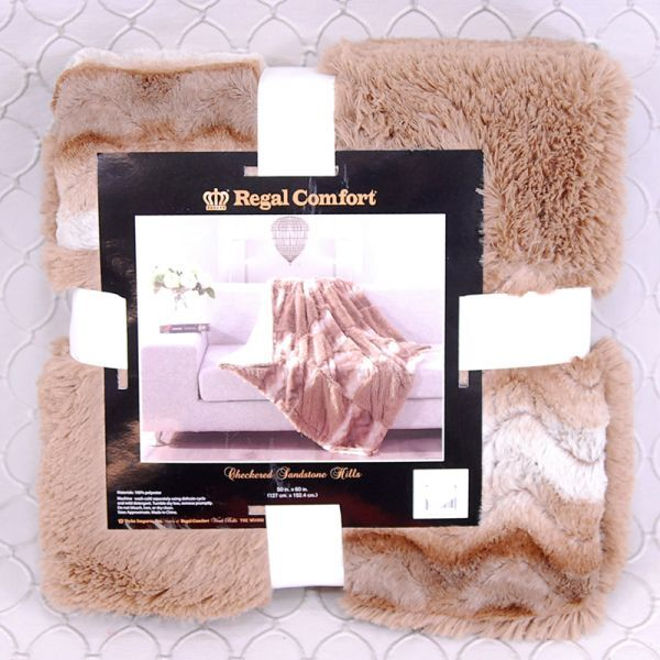 Regal Comfort Checkered Sandstone Throw